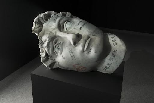 Fabio Viale – wytatuowane rzeźby